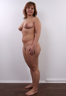 Amazing full-figured in picture.