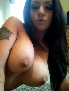 Sexy amateur with nice tits