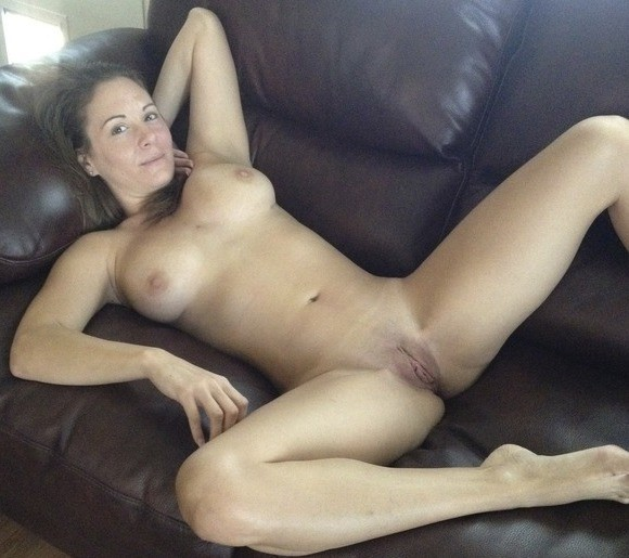cute nude girl tanning
