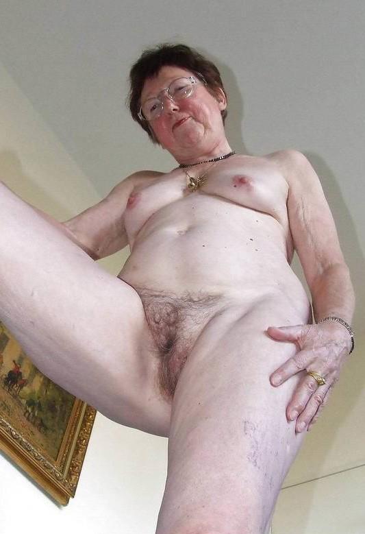 Фото голые волосатые бабушки 17874 фотография